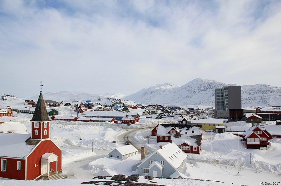 Marine Duc — photographie Nuuk au Groenland, les sièges des institutions