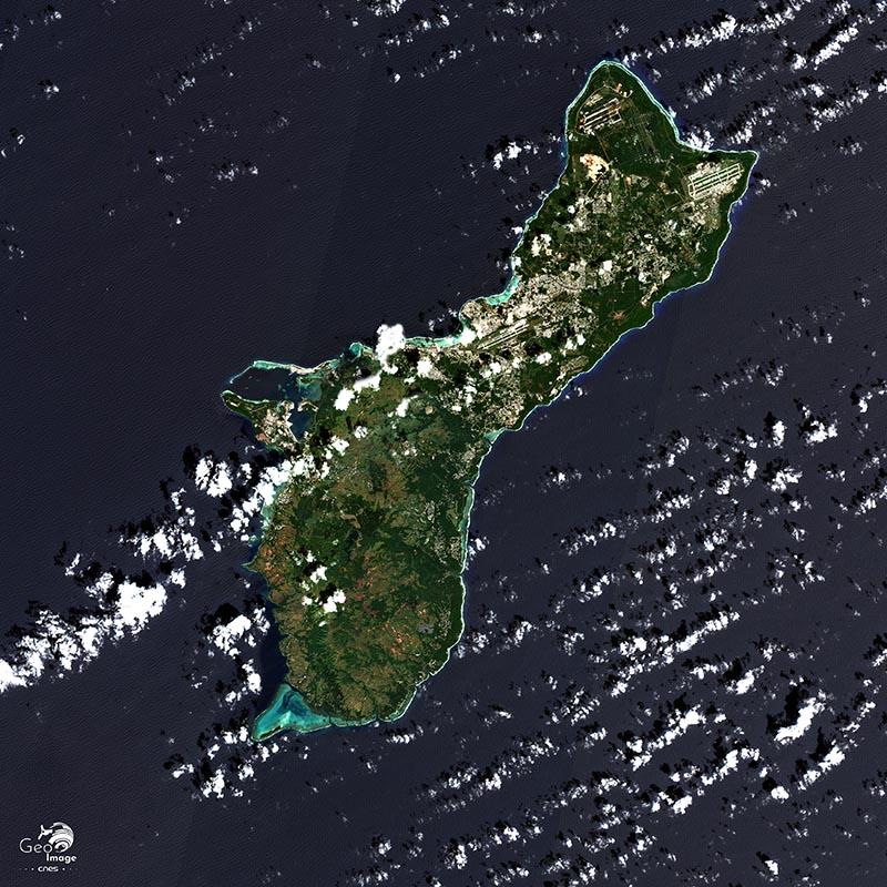 image satellite Guam Cnes