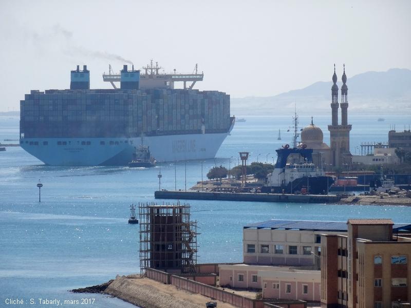 Sylviane Tabarly — Mayview Maersk porte conteneur canal de Suez
