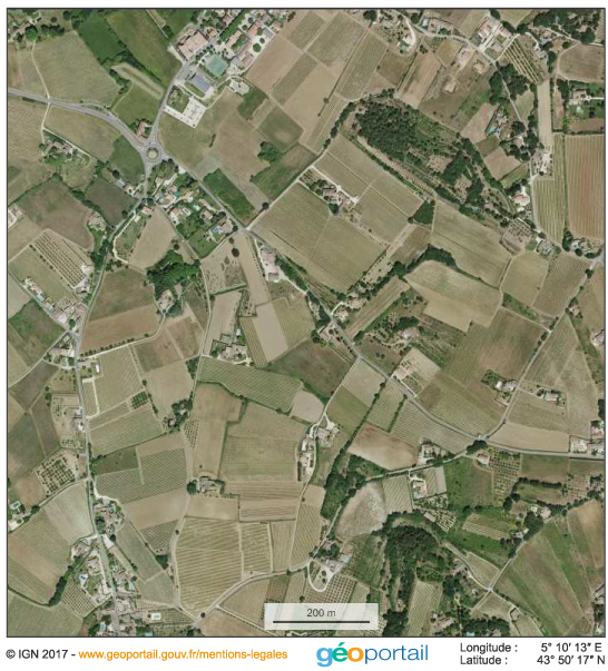 photographie aérienne verticale IGN — Mitage dans le Luberon