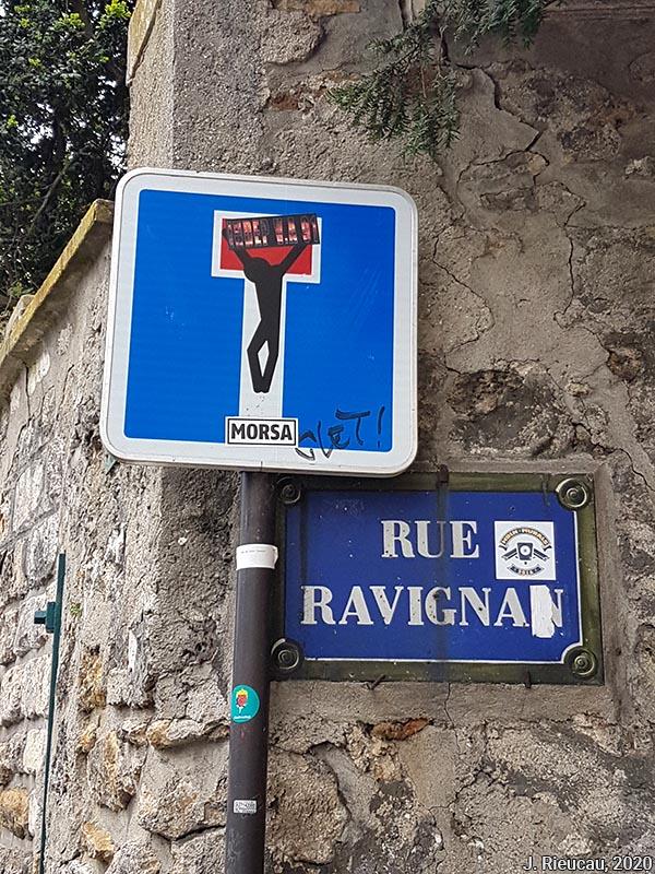 Jean Rieucau - Odonymie et art de rue / rue Ravignan crucifié panneau impasse