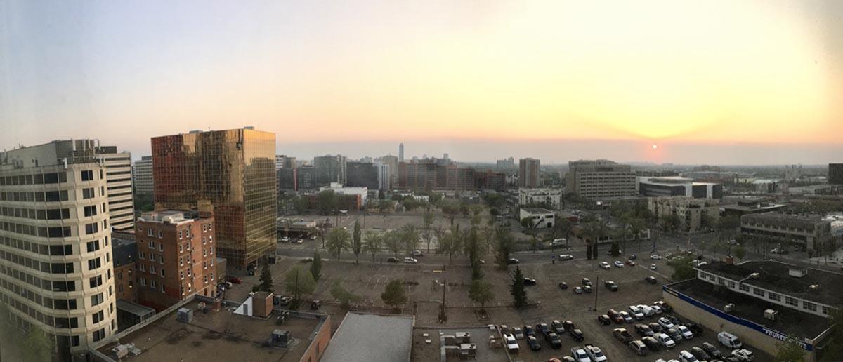 Emmanuelle Santoire — Edmonton downtown lever de soleil sur l'Alberta