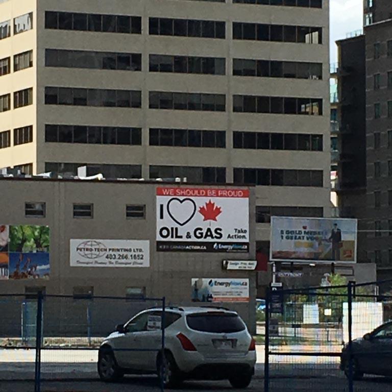 Emmanuelle Santoire — J'aime le pétrole et le gaz canadiens
