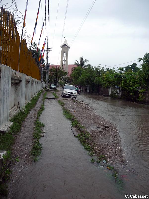 Christine Cabasset — inondations à Dili photographie