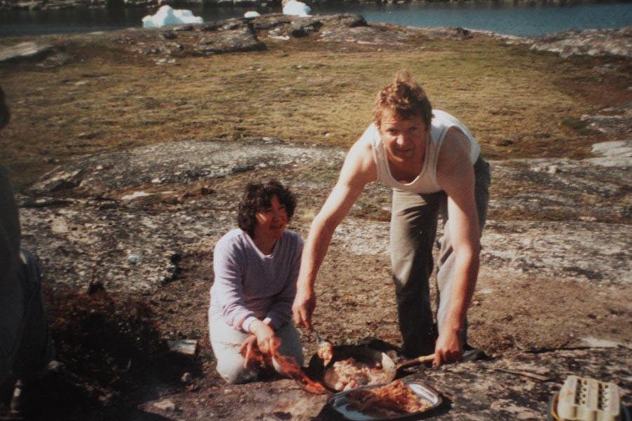 groenland 20e siècle mémoire photographie ancienne repas en extérieur