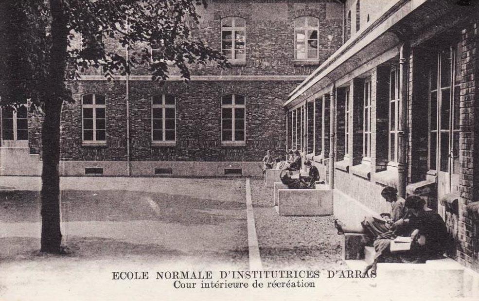 Ecole normale d'institutrices d'Arras CC