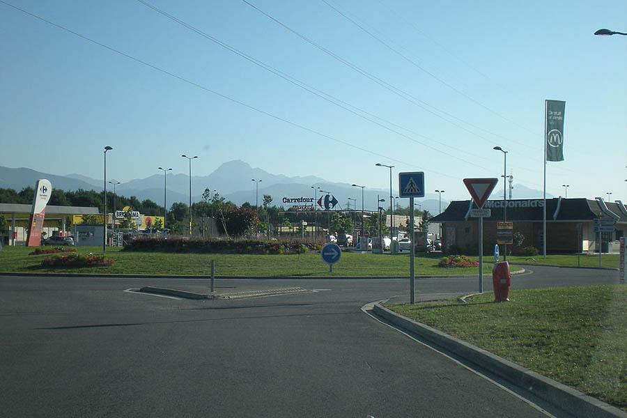 Zone commerciale Ramondia Lannemezan