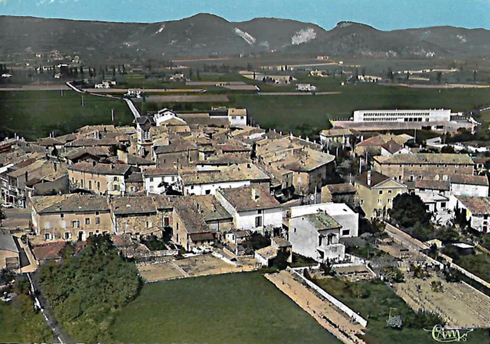 Malorie Ferrand — carte postale de Cléon d'Andran