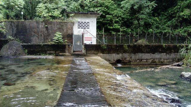 Yvan Bertin - prise d'eau sur la Rivière Blanche