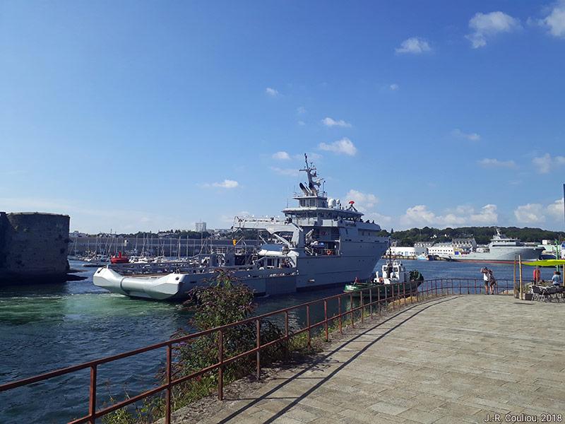 Jean-René Couliou — photographie Concarneau bateau militaire
