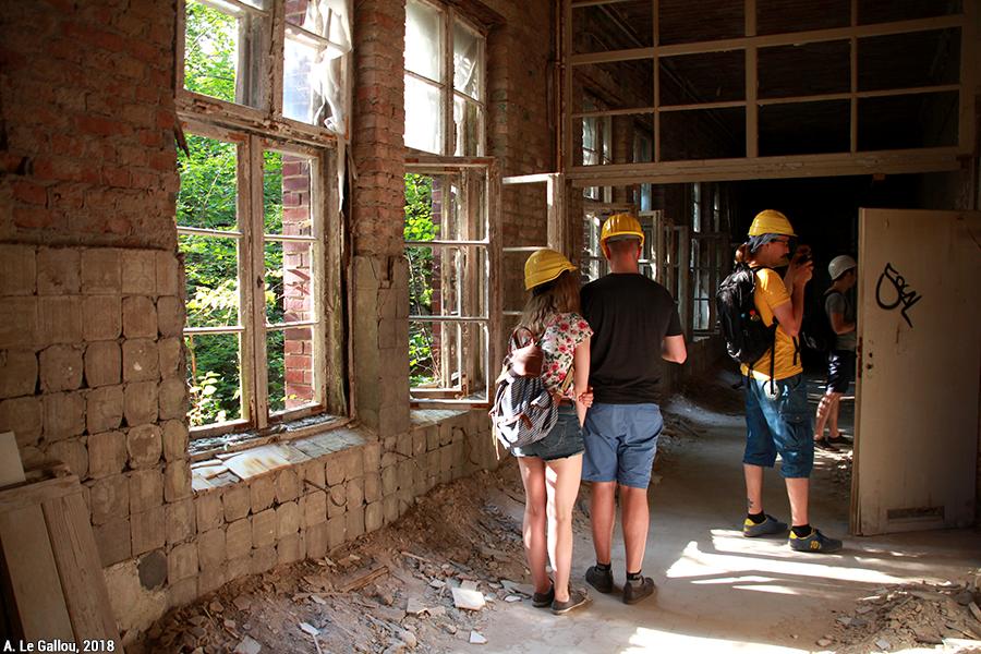 Aude Le Gallou — sécurisation des visites et casque visites de ruines bâtiments abandonnés