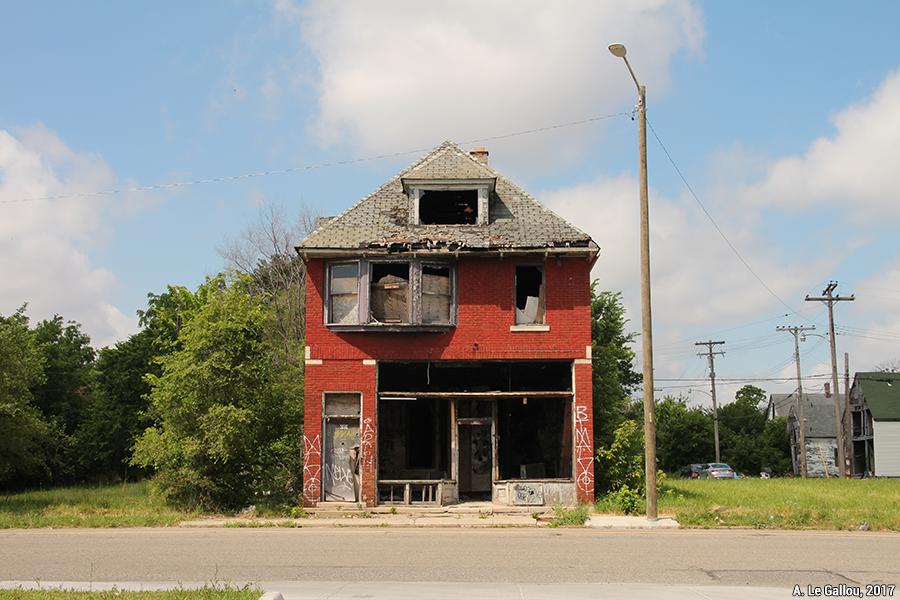 Aude Le Gallou — détroit maison abandonnée en ruine