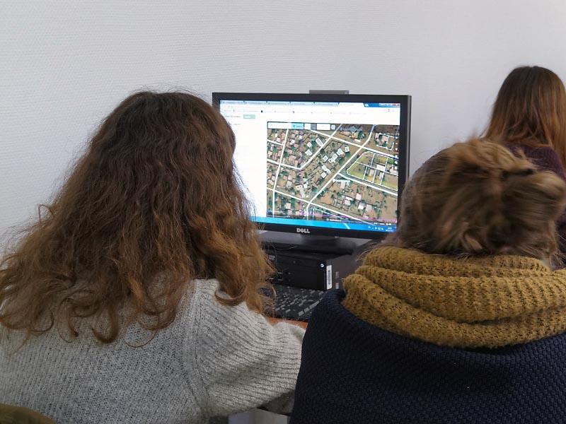 Jean-François Perrat — Travail sur des tâches Humanitarian OpenStreetMap