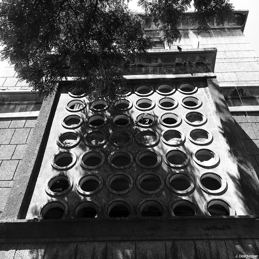 Julie Deschepper — bâtiment soviétique